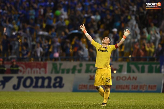 Chuyển nhượng mới nhất V.League 2020: Tuấn Linh đến HAGL, chờ HLV Kiatisak tài xuất - Ảnh 1.