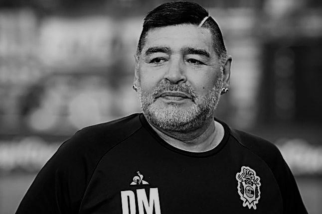 Sự nghiệp thăng trầm của Diego Maradona qua những bức hình đáng nhớ: Tạm biệt một thiên tài với đôi chân đầy những ma thuật - Ảnh 14.