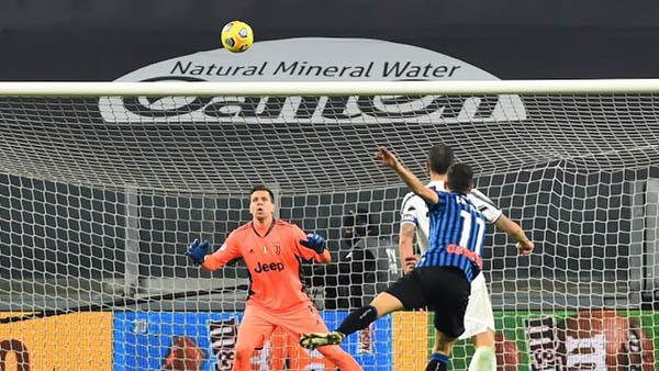 Ronaldo sút hỏng penalty, Juventus hòa thất vọng trên sân nhà - Ảnh 4.