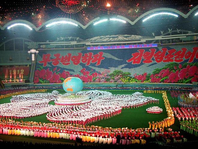 Choáng ngợp với SVĐ lớn nhất thế giới ít người biết tại CHDCND Triều Tiên: Sức chứa lên đến 150.000 người, hiếm khi tổ chức trận đấu  - Ảnh 4.