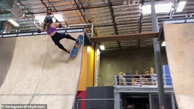 Thần đồng trượt ván 11 tuổi bị nứt hộp sọ, may mắn sống sót sau cú ngã kinh hoàng trong lúc tập luyện - ảnh 1