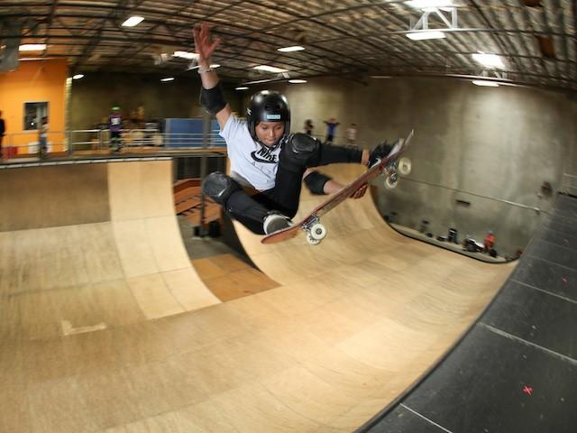 Thần đồng trượt ván 11 tuổi bị nứt hộp sọ, may mắn sống sót sau cú ngã kinh hoàng trong lúc tập luyện - ảnh 4