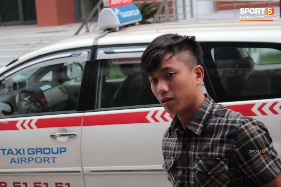 Văn Toàn diện hàng hiệu chuẩn rich kid trong ngày hội quân cùng đội tuyển Việt Nam - Ảnh 5.