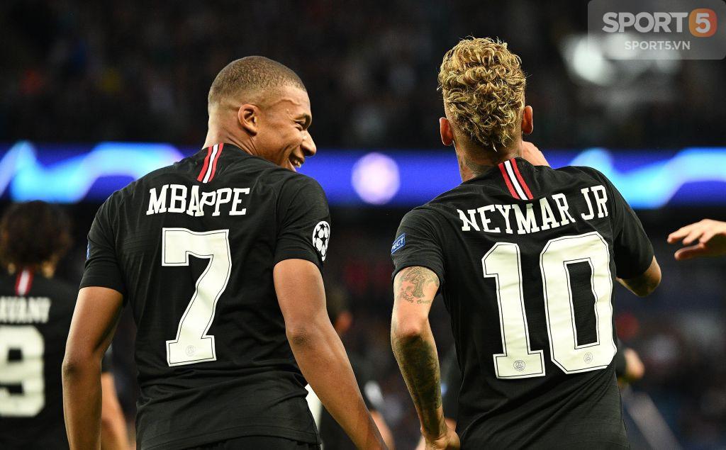 Bi hài chuyện Neymar: Hết chạy Messi giờ lại gặp Mbappe - Ảnh 3.