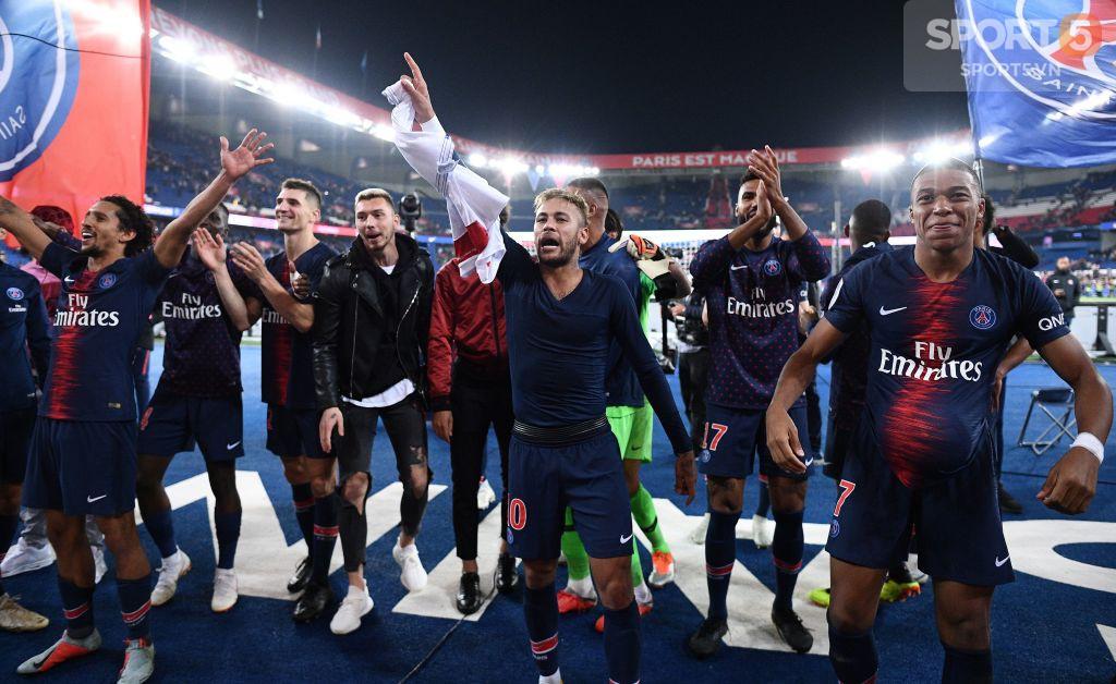 Bi hài chuyện Neymar: Hết chạy Messi giờ lại gặp Mbappe - Ảnh 2.