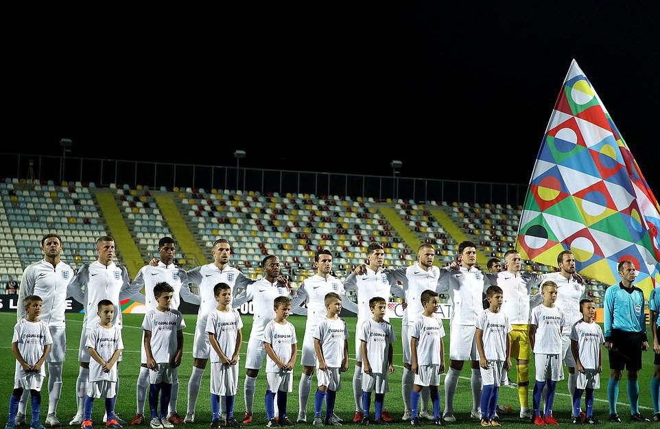 Tuyển Anh lỡ cơ hội phục thù World Cup trên sân bóng im ắng fan - Ảnh 1.