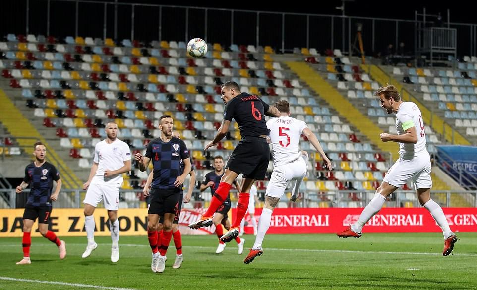 Tuyển Anh lỡ cơ hội phục thù World Cup trên sân bóng im ắng fan - Ảnh 5.