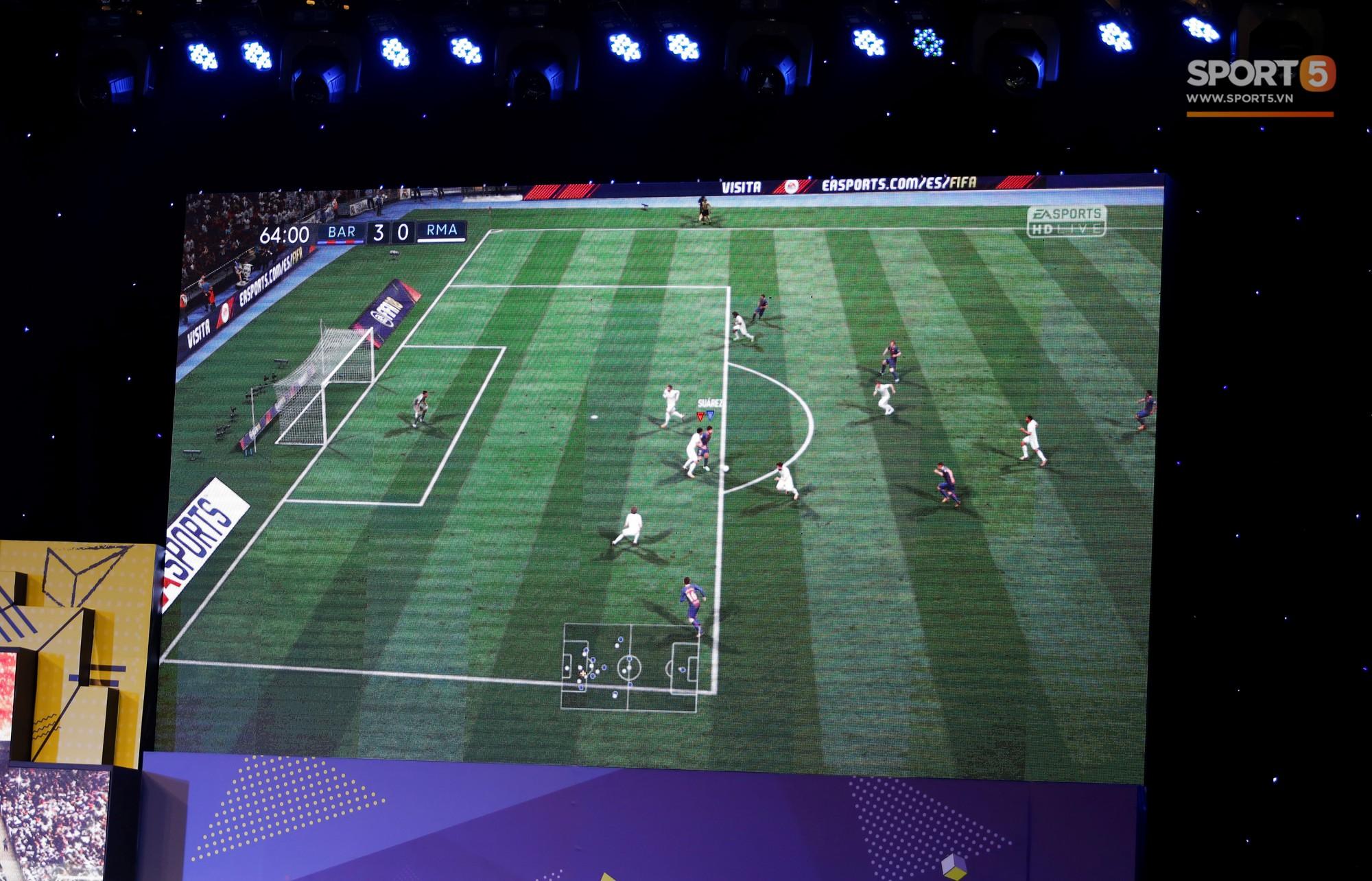 Bùi Tiến Dũng chỉ đạo đệ tử vùi dập đội của Trọng Đại 3-0 ở FIFA 18 - Ảnh 6.