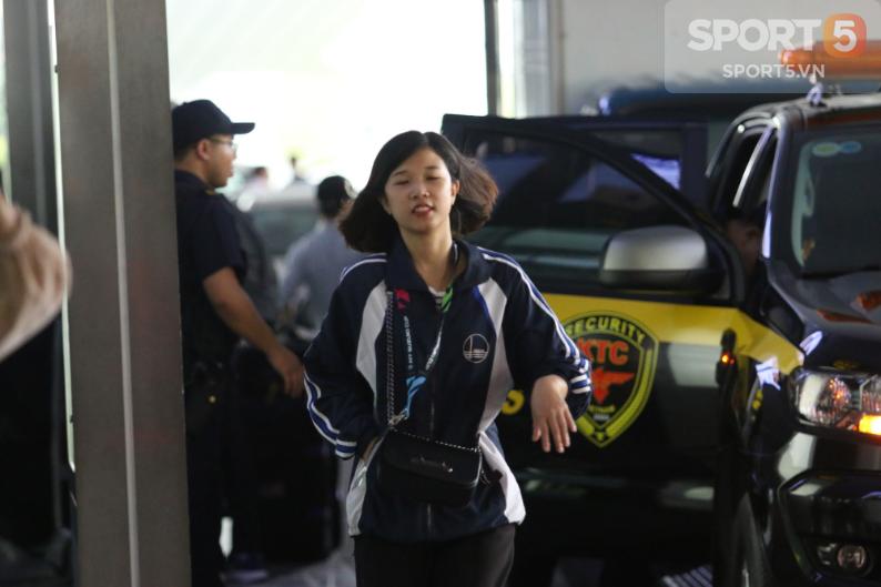 Đội tuyển Malaysia gặp sự cố ngay khi vừa đặt chân đến Việt Nam - Ảnh 4.