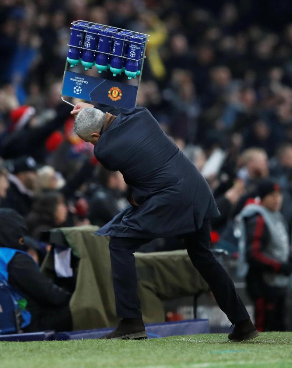 Giành chiến thắng hú hồn nhờ cái đầu mới, Man United chính thức vượt qua vòng bảng Champions League - Ảnh 9.