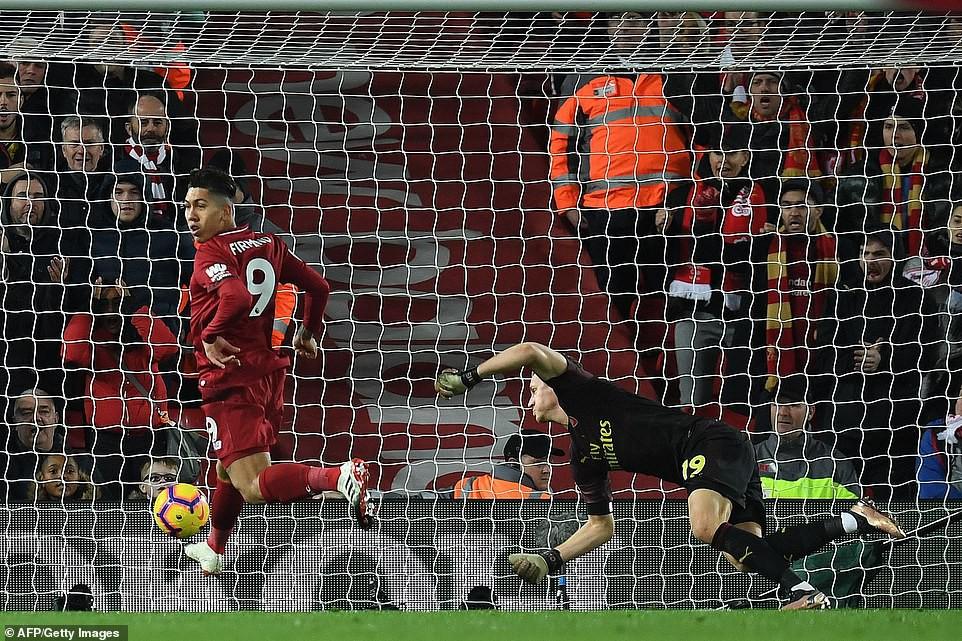 Hành động cao thượng của Salah khiến thầy Klopp chực rơi nước mắt khi Liverpool hủy diệt Arsenal 5-1 - Ảnh 7.
