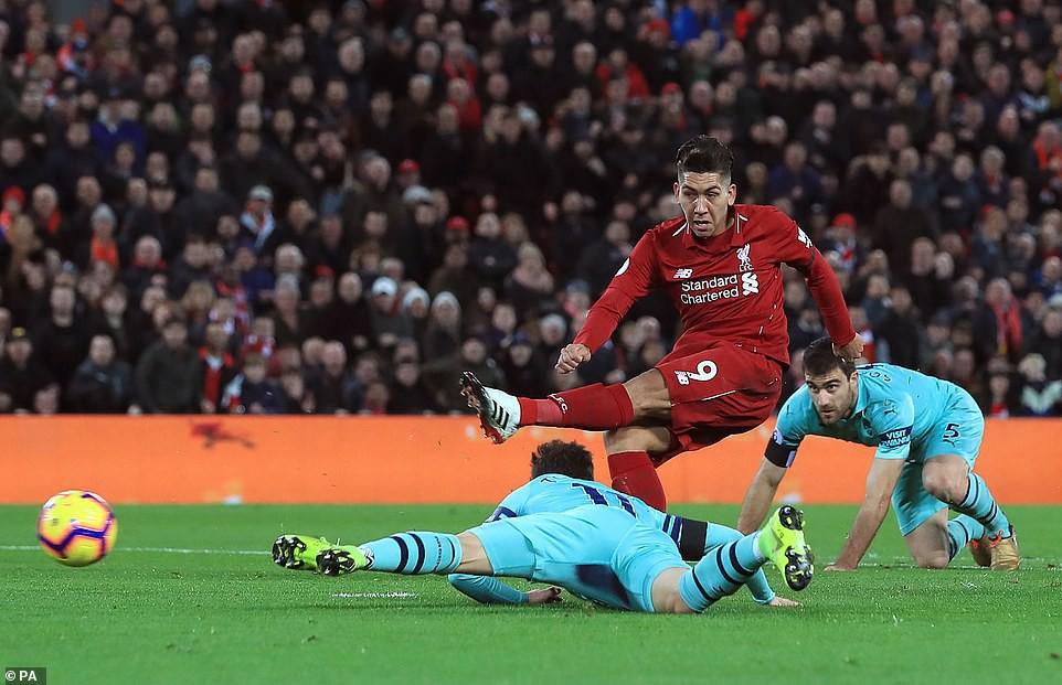 Hành động cao thượng của Salah khiến thầy Klopp chực rơi nước mắt khi Liverpool hủy diệt Arsenal 5-1 - Ảnh 8.