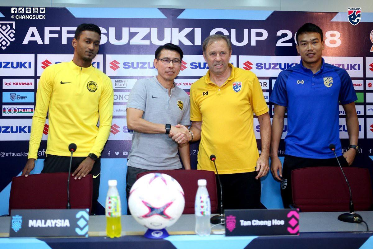 Thái Lan vs Malaysia: HLV Thái Lan gặp thầy cũ của HLV Park Hang Seo - Ảnh 2.