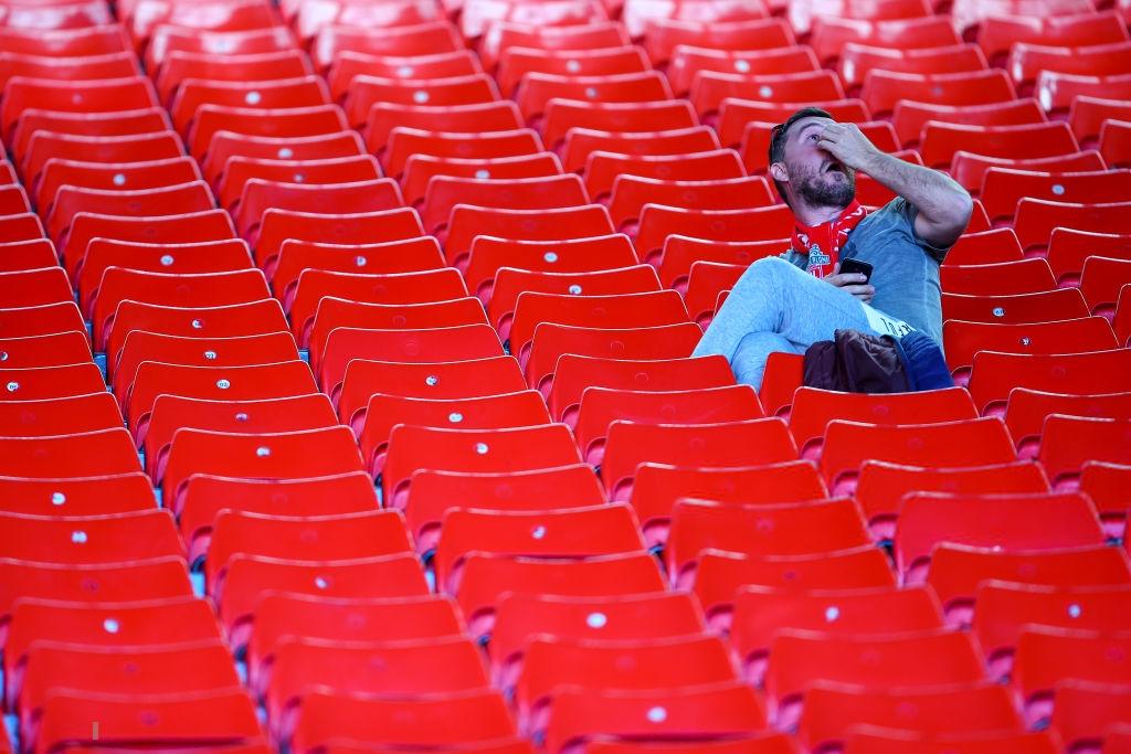 Đội nhà càng thắng lại càng buồn, nghịch lý của các cổ động viên Liverpool, những fan đáng thương nhất thế giới ngày hôm nay - Ảnh 9.