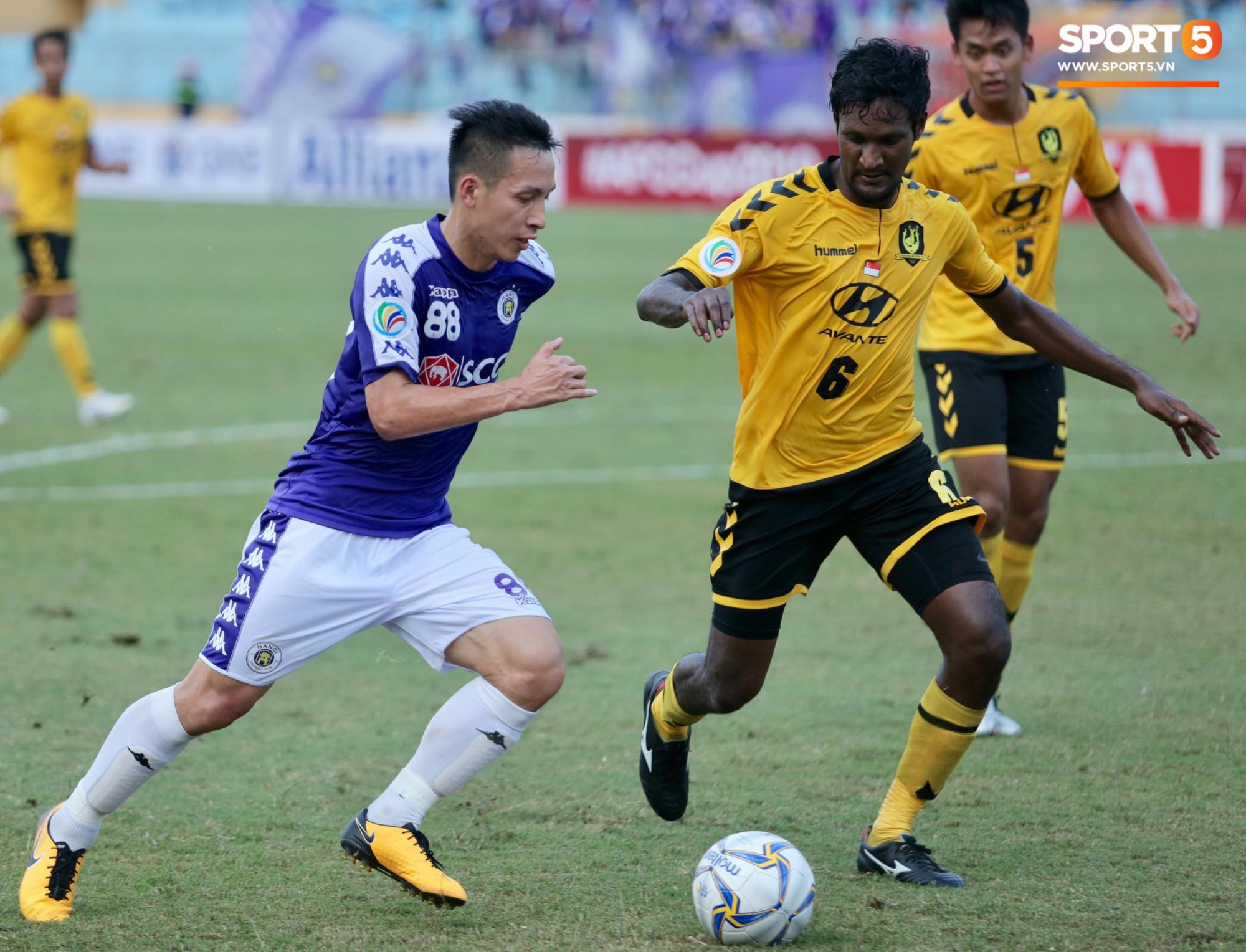 HLV Hà Nội FC mong muốn được BTC V.League tạo điều kiện để tập trung tiến sâu tại AFC Cup - Ảnh 1.