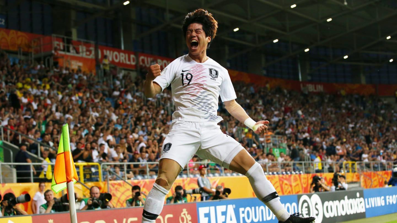 Đội bóng quê hương HLV Park Hang-seo lập kỳ tích, lần đầu dự trận chung kết World Cup - Ảnh 2.