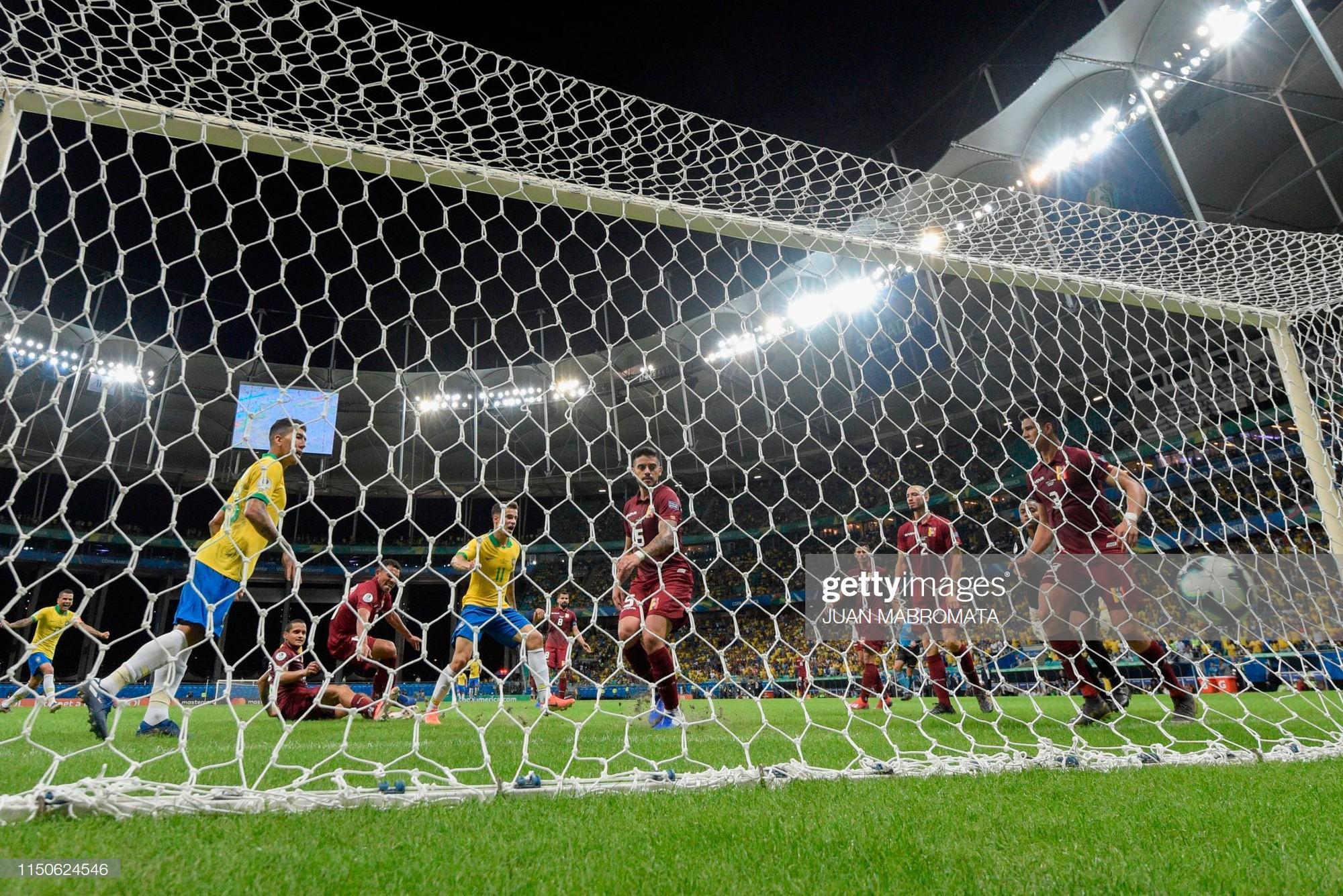 Có đội bóng nào đen đủi hơn tuyển Brazil hôm nay: 3 lần ăn mừng hụt để rồi rời sân trong nỗi thất vọng - Ảnh 8.