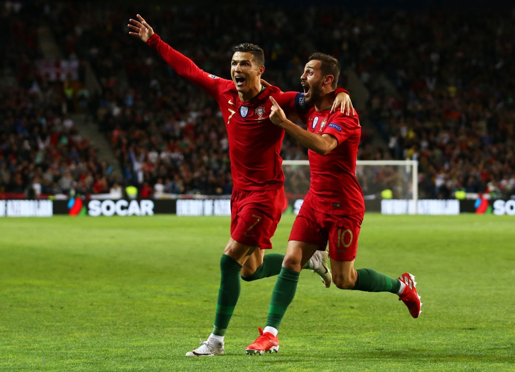 Siêu nhân Ronaldo một mình ghi 3 bàn thắng đẹp, gánh tuyển Bồ Đào Nha vào chơi trận chung kết UEFA Nations League - Ảnh 9.