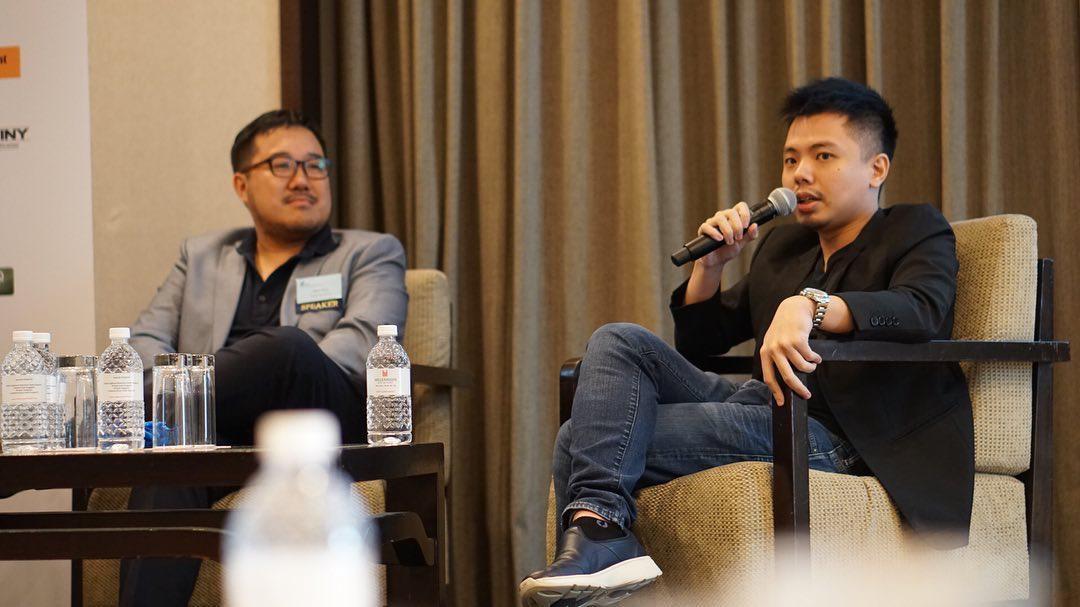 CEO của Team Flash - ông Terence Ting phát biểu tại Hội nghị Esports Asia Summit