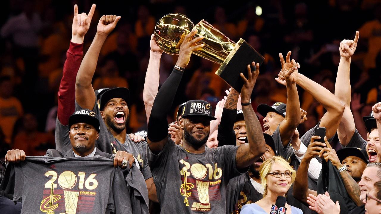 160620002308-lebron-james-nba-finals-cleveland-cavaliers-at-golden-state-warriors