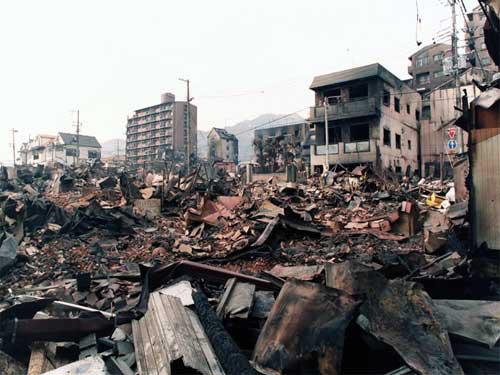 Ngôi sao mới của Liverpool sống sót qua động đất giết chết 6000 người - Ảnh 2.