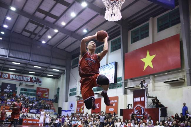 Hanoi Buffaloes thắng nghẹt thở Thang Long Warriors ở game mở màn vòng play-offs VBA - Ảnh 10.