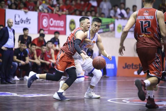 Hanoi Buffaloes thắng nghẹt thở Thang Long Warriors ở game mở màn vòng play-offs VBA - Ảnh 5.