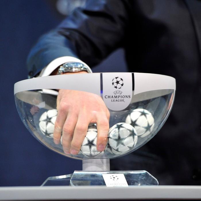 Bốc thăm Champions League 2020/2021: Ronaldo đối đầu Messi ở vòng bảng - Ảnh 10.