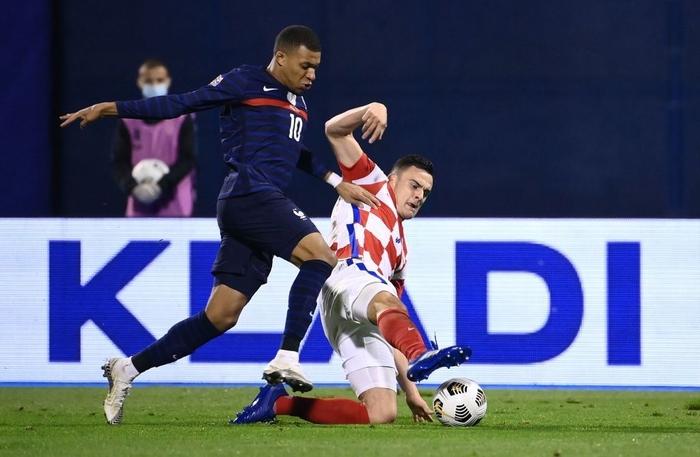 Cầu thủ trẻ hay nhất thế giới nổ súng, Pháp hạ gục Croatia - ảnh 3