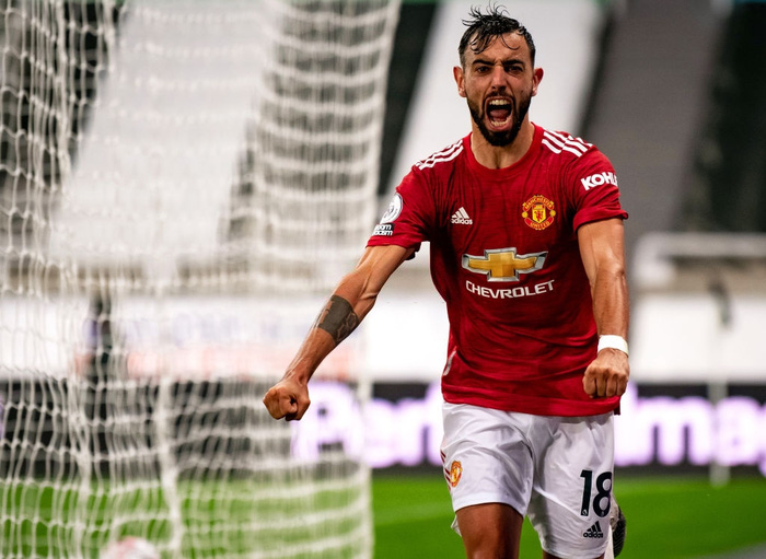 Phản lưới nhà và hỏng phạt đền, Man Utd vẫn thắng ngược nhờ 3 bàn trong 10 phút cuối - ảnh 1