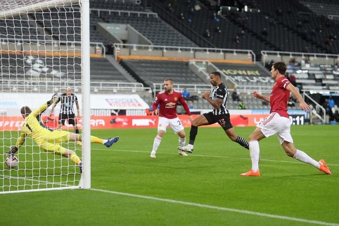 Phản lưới nhà và hỏng phạt đền, Man Utd vẫn thắng ngược nhờ 3 bàn trong 10 phút cuối - ảnh 5
