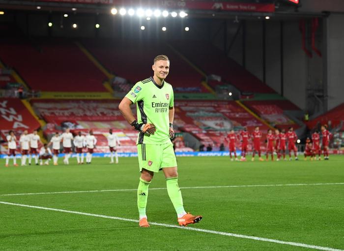 Thủ môn hóa người nhện, Arsenal hạ gục Liverpool ở loạt sút luân lưu cân não - Ảnh 1.