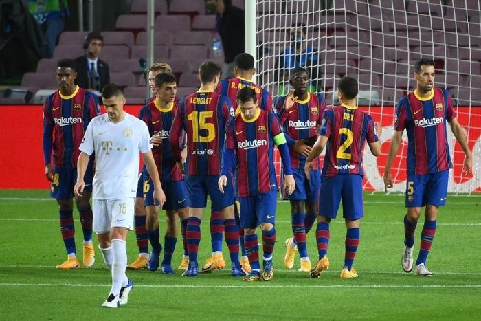 Barcelona đại thắng 5-1 trận ra quân Champions League: Messi cân bằng kỷ lục với huyền thoại MU - ảnh 10