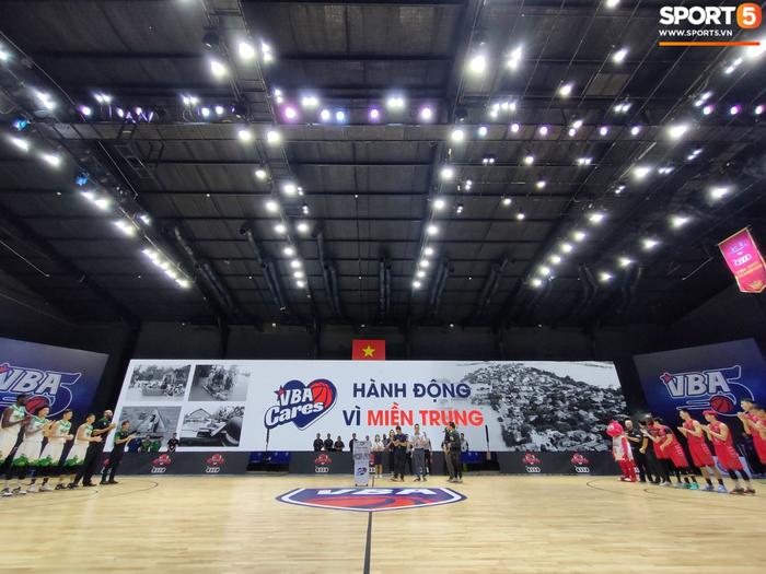 Cộng đồng bóng rổ Việt Nam đồng lòng hướng về miền Trung thông qua quỹ VBA Cares - Ảnh 1.