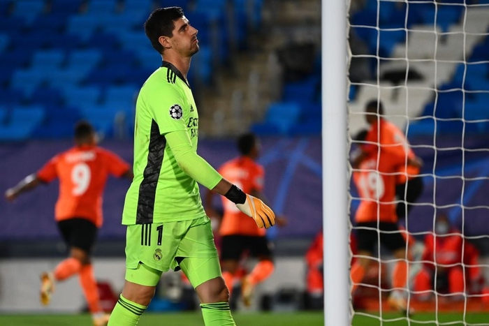 Đối thủ vắng tới 10 trụ cột vì nhiễm Covid-19, Real Madrid vẫn thua sốc 2-3 ở trận ra quân Champions League - Ảnh 2.
