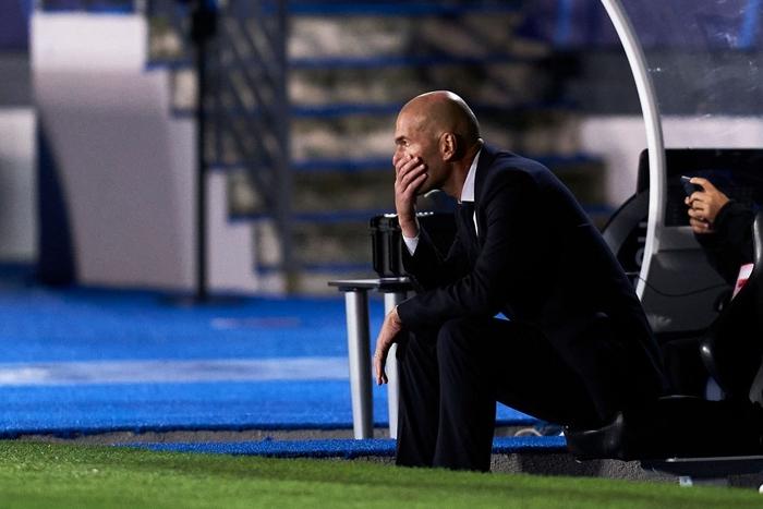 Đối thủ vắng tới 10 trụ cột vì nhiễm Covid-19, Real Madrid vẫn thua sốc 2-3 ở trận ra quân Champions League - Ảnh 6.