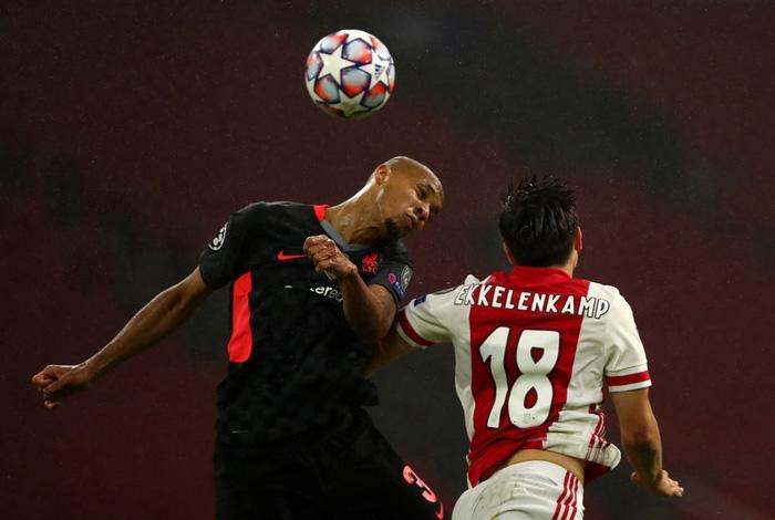 Trận đầu vắng trung vệ thép Van Dijk, Liverpool chật vật giành 3 điểm nhờ bàn thắng may mắn - Ảnh 4.