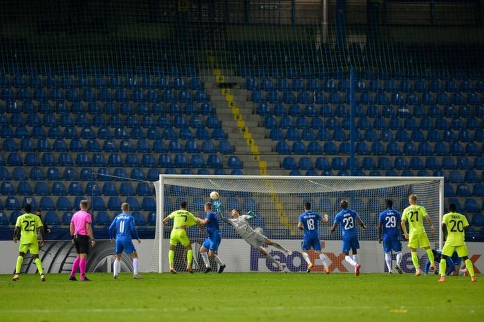 Thủ môn Việt kiều cứu thua xuất sắc, giúp đội nhà giành chiến thắng ở cúp châu Âu - Ảnh 1.