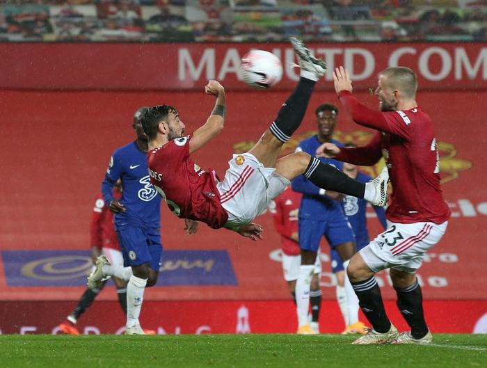 Bất lực trước thủ môn sếu vườn của Chelsea, Man Utd giậm chân ở vị trí thứ 15 - Ảnh 9.