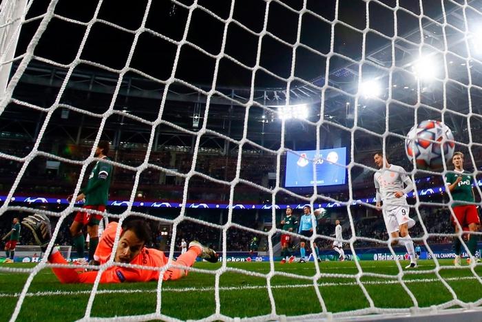 Cú volley đẳng cấp giúp Bayern Munich nối dài kỷ lục thắng ở Champions League - Ảnh 3.
