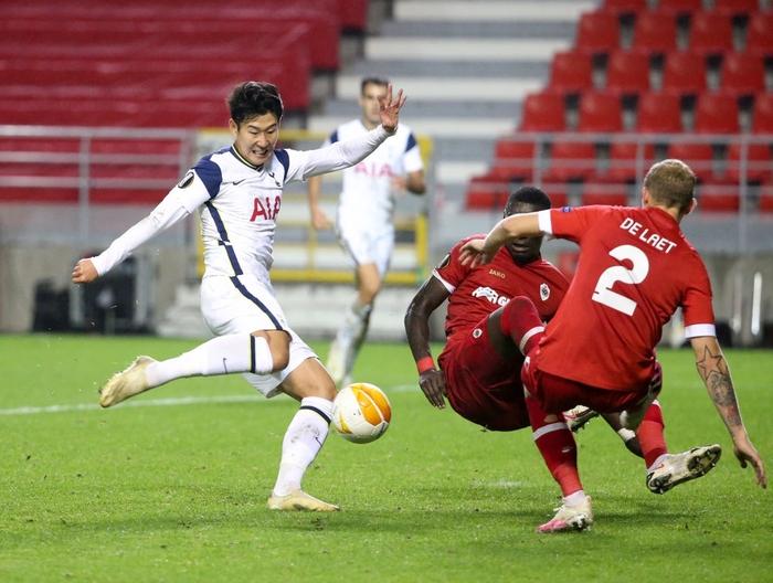 Son Heung-min và đồng đội bất ngờ gục ngã trước đối thủ chiếu dưới - Ảnh 4.