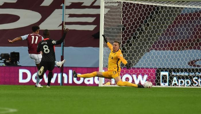 Cú sốc kinh hoàng: ĐKVĐ Liverpool thảm bại kỷ lục 2-7 trước đội bóng suýt xuống hạng mùa trước - Ảnh 4.