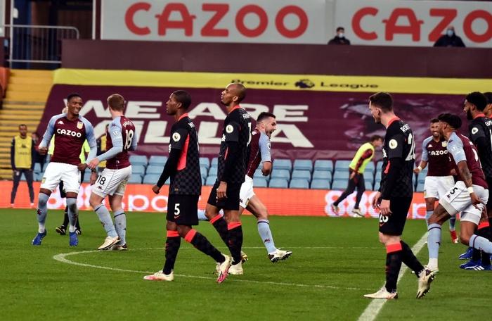 Cú sốc kinh hoàng: ĐKVĐ Liverpool thảm bại kỷ lục 2-7 trước đội bóng suýt xuống hạng mùa trước - Ảnh 7.