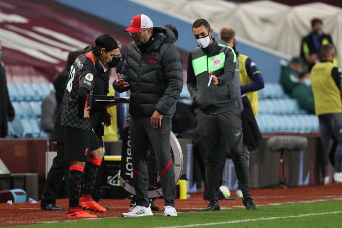 Cú sốc kinh hoàng: ĐKVĐ Liverpool thảm bại kỷ lục 2-7 trước đội bóng suýt xuống hạng mùa trước - Ảnh 9.