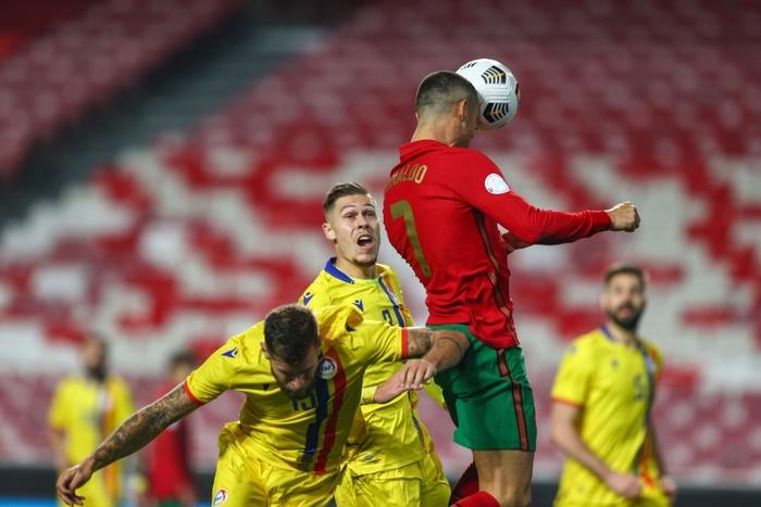 Ronaldo nổ súng giúp Bồ Đào Nha thắng 7-0, Pháp thua sốc 0-2 trước đối thủ dưới cơ - Ảnh 3.