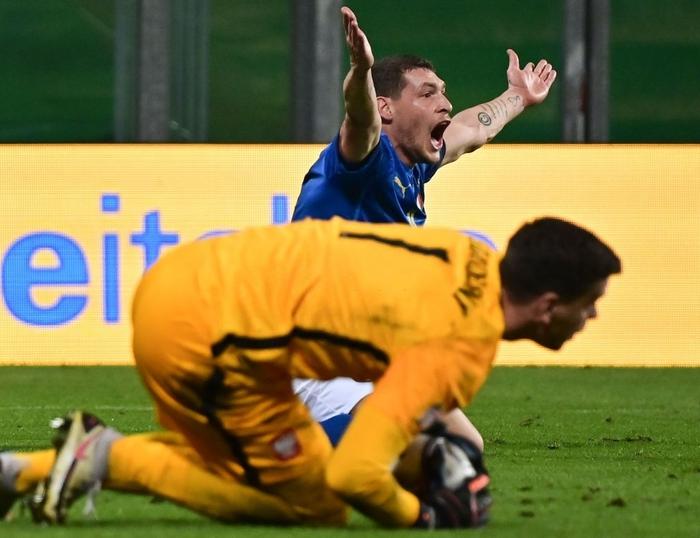 Dàn trai đẹp Italy vượt thử thách khó, nắm trong tay cơ hội lớn vào bán kết Nations League - Ảnh 2.