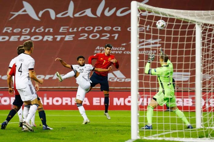 Sốc: Tuyển Đức thảm bại 0-6 trước Tây Ban Nha, trận thua đậm nhất trong lịch sử - Ảnh 3.
