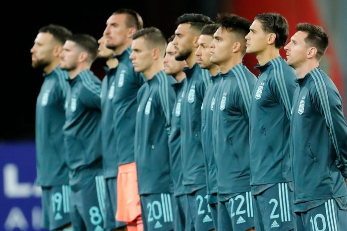 Peru 0-2 Argentina: Messi gây bất ngờ với chỉ số phòng ngự ấn tượng sau khi bị chê lười nhác - Ảnh 1.