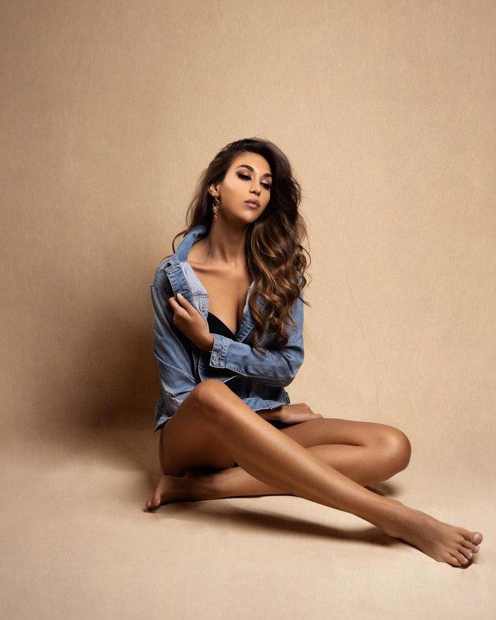 Mỹ nhân làng bóng rổ đăng quang Hoa hậu Hoàn vũ Tây Ban Nha, nhìn đôi chân dài miên man mà choáng ngợp toàn tập - ảnh 2