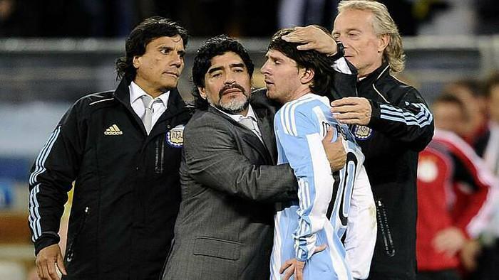 Diego Maradona: Hành trình tạo nên một huyền thoại - Ảnh 5.